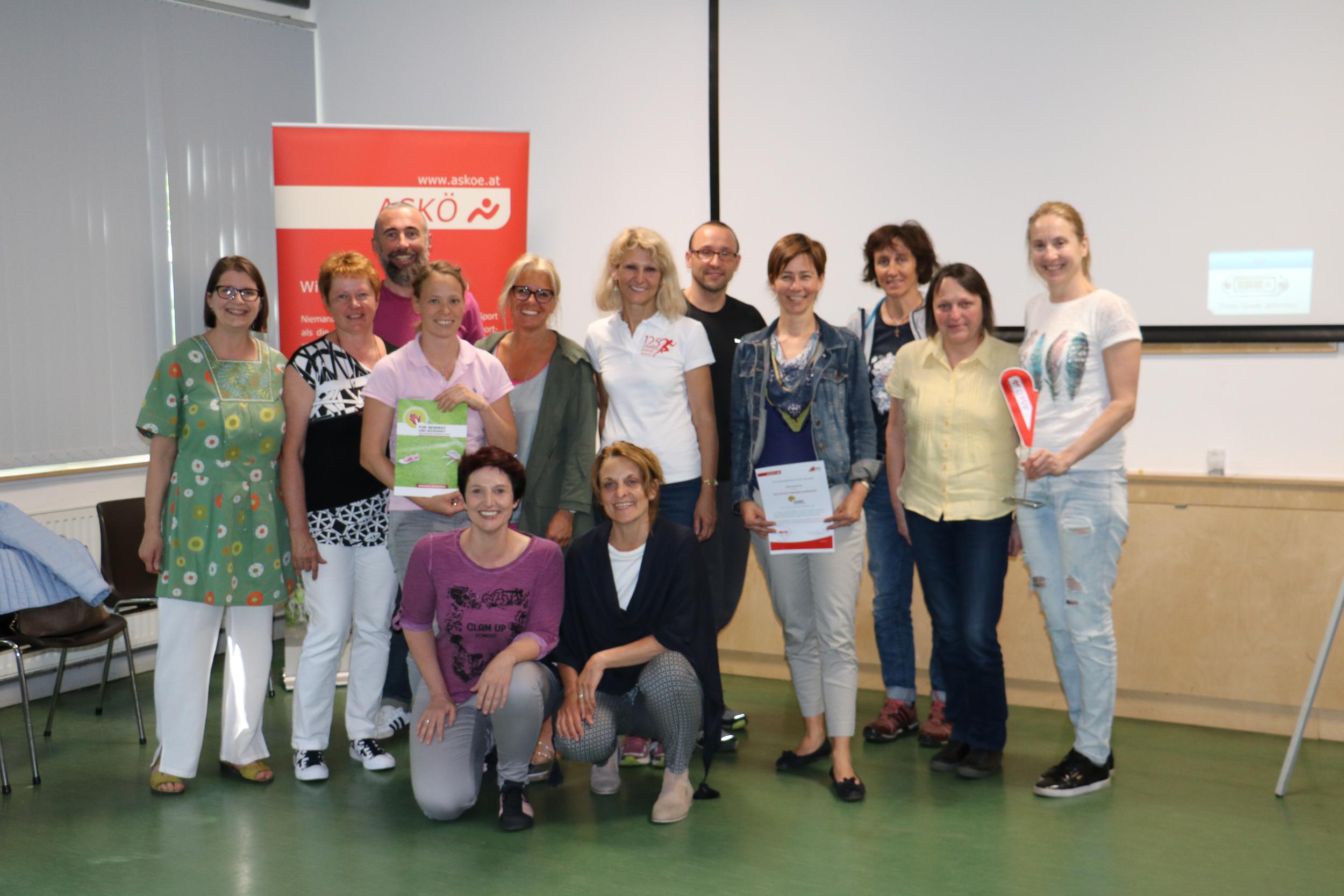 """11 neue ASKÖ MultiplikatorInnen für """"Respekt und Sicherheit im Sport"""""""